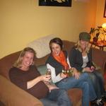 sofa_girls